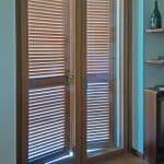 porta-finestra-persiane-camera