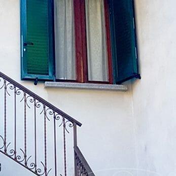 finestra-ad-angolo